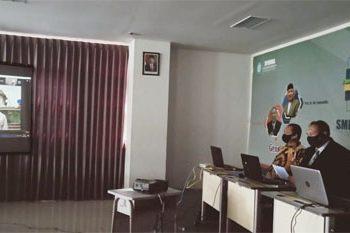 DIN SYAMSUDIN live zoom meeting dalam Wisuda Virtual SMP Muhammadiyah 5 Surabaya