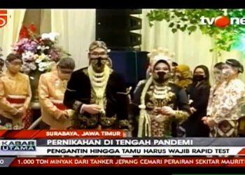 Pernikahan Amy dan Oga menjadi Headline Berita salah satu stasiun TV nasional.
