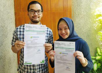 Azmi Lisani Wahyu, ST, MT (Ami) dan Dwiaji Ari Yogyanta, ST, MT (Oga) menunjukan HASIL Rapid Test keduanya dan kedua orang tuanya.